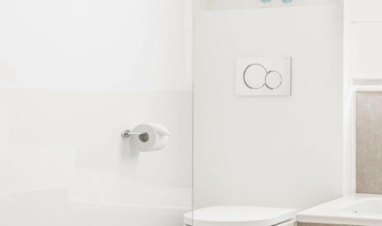 badkamer-sanitair-renovatie-bad-wc-inloopdouche-afwerking-interieur